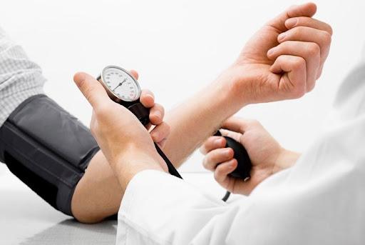 tăng huyết áp đột ngột
